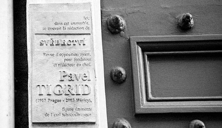 Pamětní deska P. Tigridovi